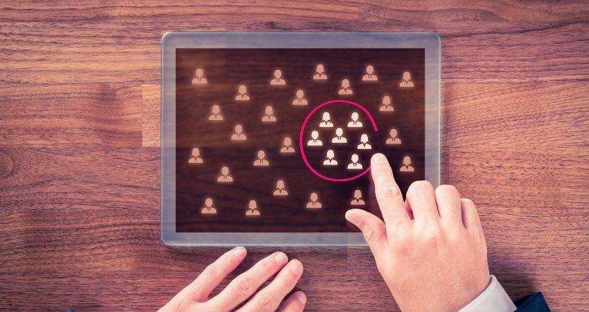 Definir persona ou avatar - Como Trabalhar em Casa Pela Internet e Ganhar MUITO Dinheiro no Marketing Digital