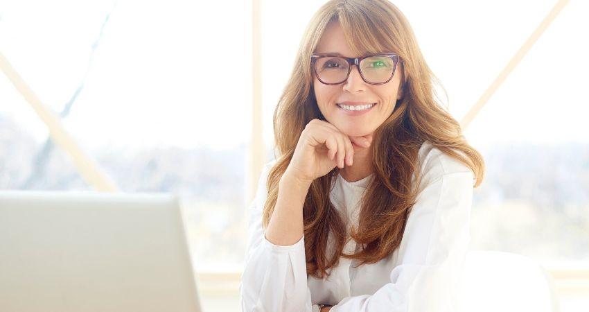6 melhores maneiras de ganhar dinheiro pela internet como iniciante - Qual a Melhor Forma de Ganhar Dinheiro na Internet?
